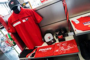 _33_Ducati_Kawasaki
