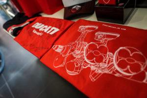 _34_Ducati_Kawasaki