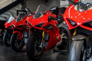 _38_Ducati_Kawasaki